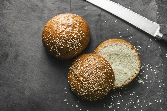 Фото №3 SASHA BREAD BAKERY Булочка с кунжутом для бургеров 72 г